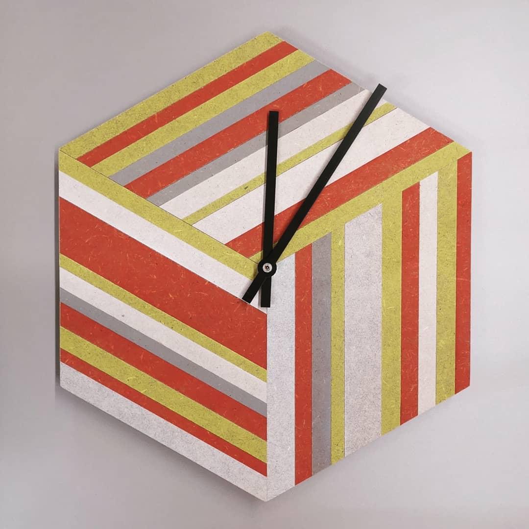 CLK45 (Clock 45)
