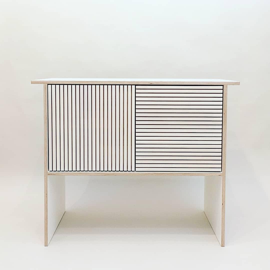 Sideboard Onkyo (klein)